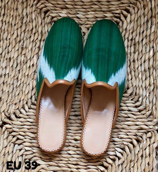 Print slippers